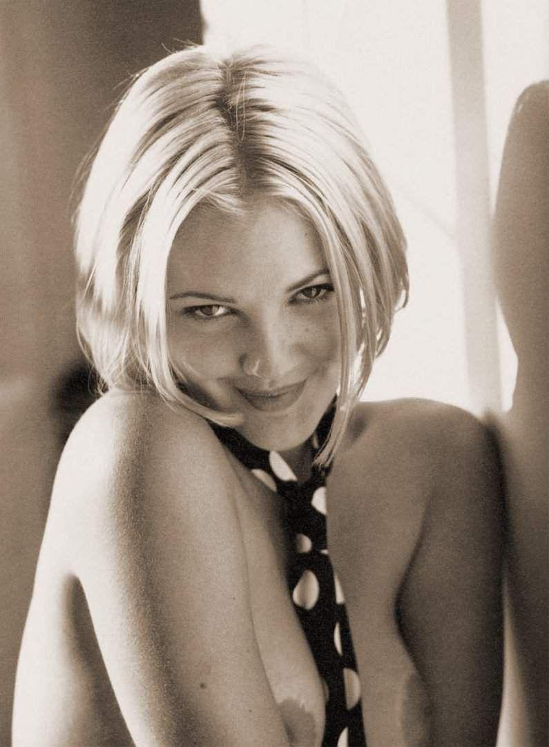 Эротические фото знаменитостей - голая Дрю Бэрримор. Вы находитесь на